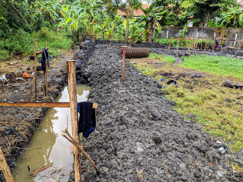 Here's mud in your eye (and everywhere else), Ohana Retreat Bali