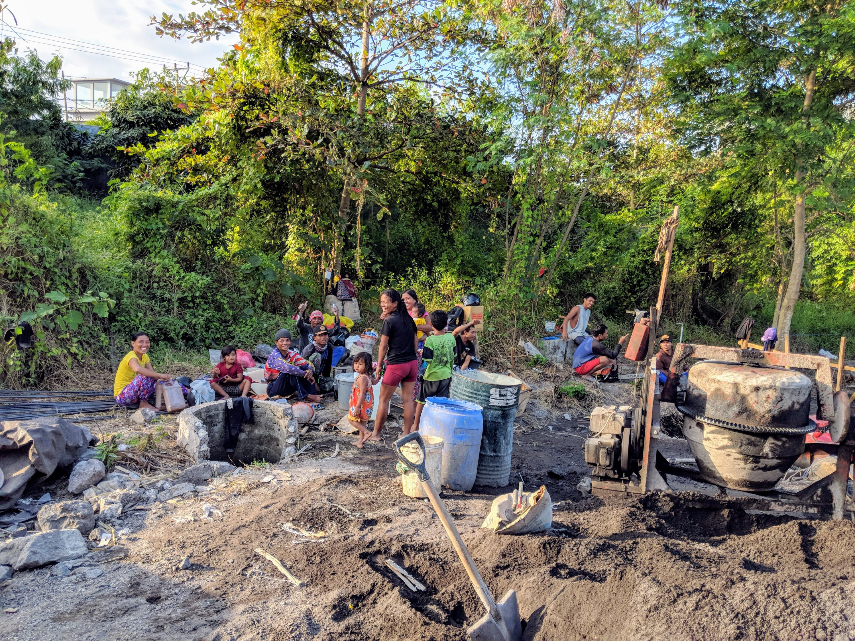 Workers create encampment, Ohana Retreat Bali